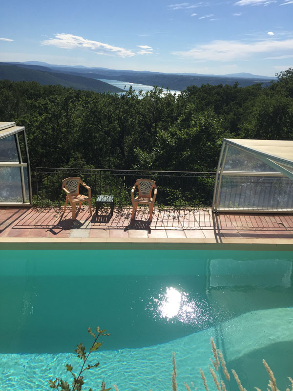 Gite gorges du verdon avec piscine for Camping lac de ste croix avec piscine